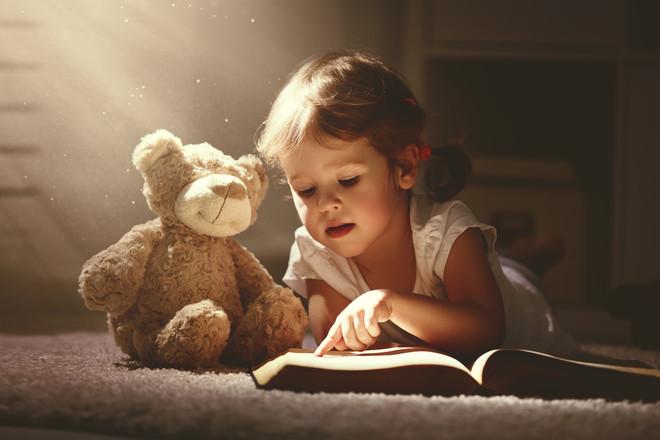 Top 10 cărți ce vor îmbunătăți vocabularul copilului tău