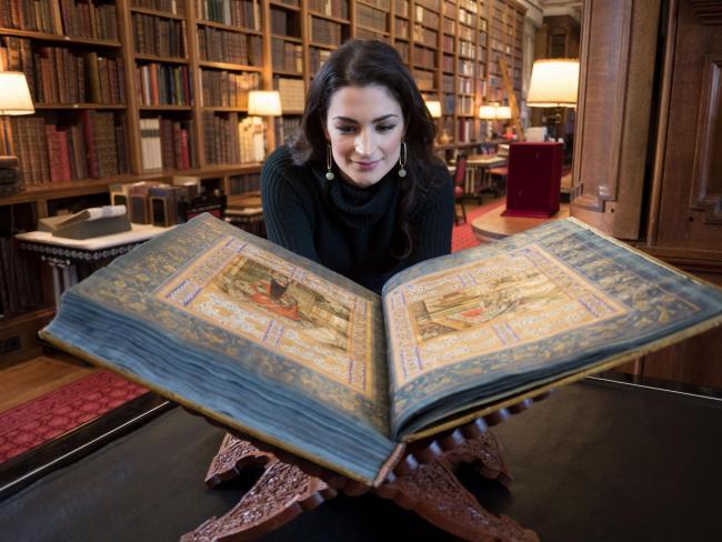 Cea mai mică și cea mai mare carte din lume